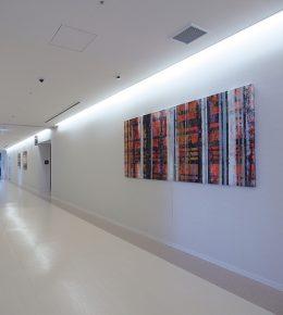 Ziekenhuis in Japan met schilderij van Ronald Hunter