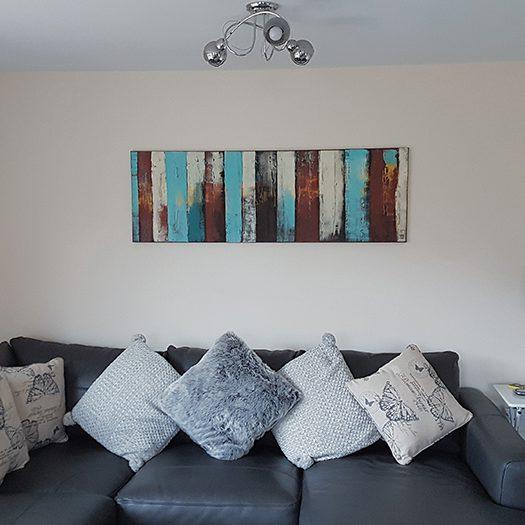 Modern schilderij in een woonkamer van een klant.